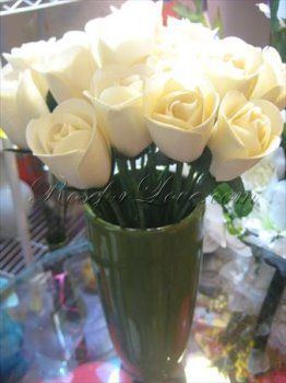 600 Half Blooming White Wooden Roses (4 Color Options)