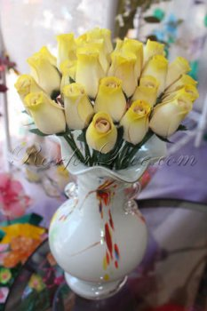 800 Wooden Rose White-Yellow Buds (2 Color Options)